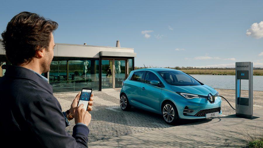 Приложението MY Renault